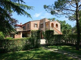 7 bedroom Villa in Foiano Della Chiana, Val D orcia, Tuscany, Italy : ref - Foiano Della Chiana vacation rentals