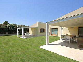 5 bedroom Villa in San Teodoro, Sardinia, Italy : ref 2387005 - San Teodoro vacation rentals