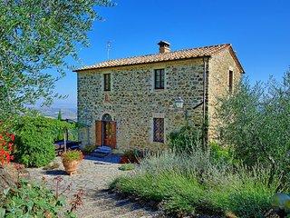 3 bedroom Villa in Montalcino, Val D orcia, Tuscany, Italy : ref 2387020 - Montalcino vacation rentals