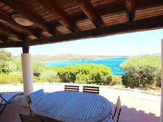 3 bedroom Villa in Golfo Aranci, Costa Smeralda, Sardinia, Italy : ref 2387021 - Golfo Aranci vacation rentals