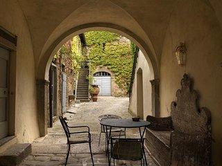 3 bedroom Apartment in Reggello, Valdarno, Tuscany, Italy : ref 2387047 - Reggello vacation rentals