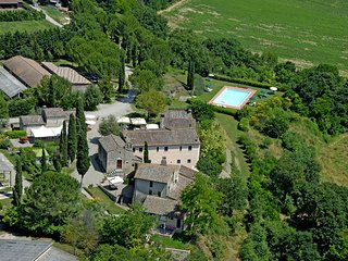 5 bedroom Apartment in Colle Val D Elsa, Central Tuscany, Tuscany, Italy : ref 2387282 - Colle di Val d'Elsa vacation rentals