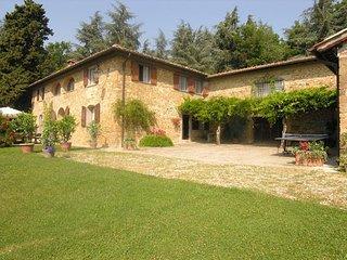 7 bedroom Villa in Grezzano, Tuscany Ne, Tuscany, Italy : ref 2387302 - Luco Mugello vacation rentals