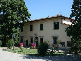 6 bedroom Villa in Casole D Elsa, Central Tuscany, Tuscany, Italy : ref 2387459 - Molezzano vacation rentals