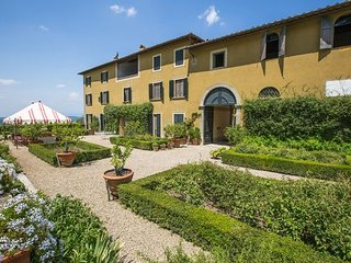 9 bedroom Apartment in San Polo In Chianti, Chianti, Tuscany, Italy : ref 2387366 - San Polo in Chianti vacation rentals