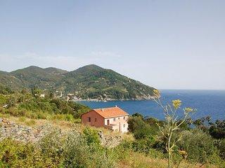 6 bedroom Apartment in Valle Santa, Cinque Terre, Liguria, Italy : ref 2387409 - Levanto vacation rentals