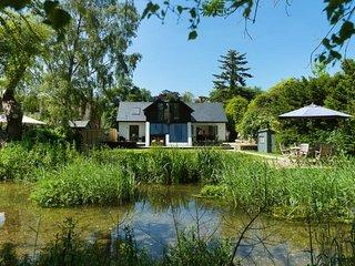 Eastwell Manor Luxury Retreat - Discrete Annex - Walmer vacation rentals