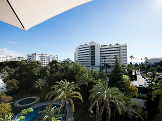 Marbella town apartment with sea views steps away from the beach - Marbella vacation rentals