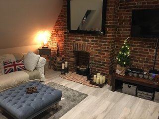 Midhurst Loft Style Apartment - Exposed brickwork many character features - Midhurst vacation rentals