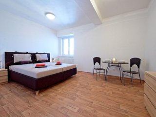 Blue Sky Apartment in Prague - Prague vacation rentals