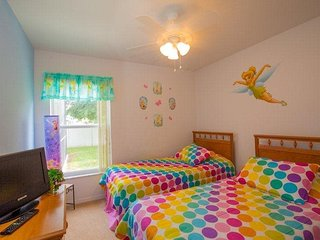 Grab A Little Sunshine At Sun N Fun Family Home - United States vacation rentals