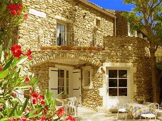 Résidence de l'Acacia - Appartement 2 - Saint-Andre-de-Roquepertuis vacation rentals