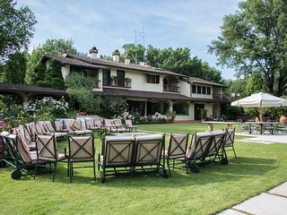 Beautiful Vacation Rental at Villa il Roseto close by Cortona - Cortona vacation rentals