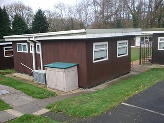 2 bedroomed Chalet for rent in new quey West wales 2 double bedrooms lovely chal - Lydstep vacation rentals