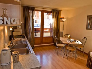 Spacious Two Bedroom Apartment In Val D'Isere - Val-d'Isère vacation rentals