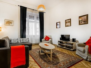 Riverside, Quiet, Fantastic Location, 2 bedrooms - Apartment Rhapsody - Budapest vacation rentals