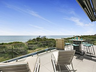 Sunset Dreams - Long Island Holiday Retreat Sunset Dreams in Frankston - Frankston vacation rentals