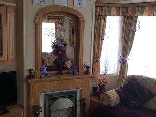 Comfortable 3 bedroom Caravan/mobile home in Brean - Brean vacation rentals