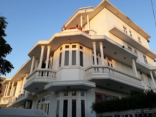 Beautiful Bed and Breakfast with Deck and Internet Access - Jaipur District vacation rentals