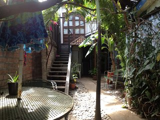 Casa Cafetière Lodge - Coffee Roastery Apartment-type rooms - Tropical Aroma ! - Santa Tecla vacation rentals