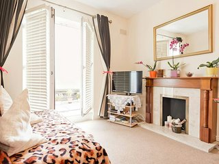 Apartment in the heart of City Center - Dublin vacation rentals