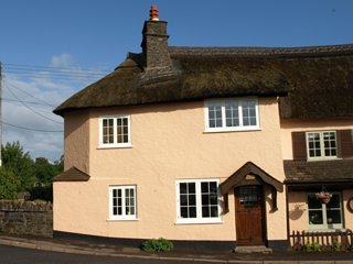 Crown Cottage Exford located in the centre of Exmoor National Park. - Exford vacation rentals