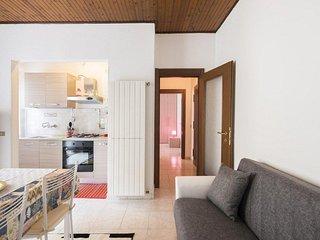 Rogoredo Cozy Home - free Wifi - Milan vacation rentals