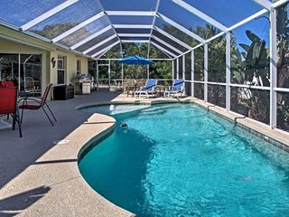 FALL AVAILIBILITY !!! Cool Pool and A/C! sleeps 6+ w/pool.FANTASTIC HOME!!! - Marco Island vacation rentals