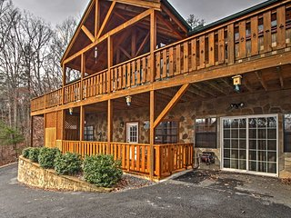 NEW! 2BR Newport Cabin w/ Gorgeous Nature Views! - Newport vacation rentals