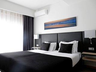 Romantic 1 bedroom Resort in Espinho - Espinho vacation rentals
