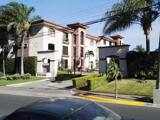 Toscana 12 next to Avenida Escazu and CIMA Hospital - Escazu vacation rentals