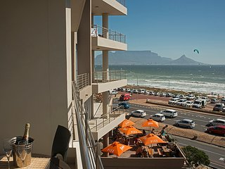 Stunning 2 Bedroom Apartment with great views over Table Mountain - West Beach vacation rentals