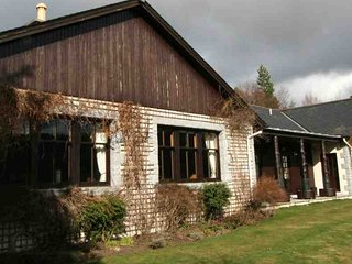 Lovely 4 bedroom Lodge in Ballater with Television - Ballater vacation rentals