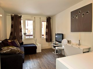 One Bedroom Apartment in Val d'Isere. Ideal for Skiers. - Val-d'Isère vacation rentals