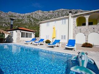 HolidayHouse with Pool&Wirlpool - Vrgorac vacation rentals