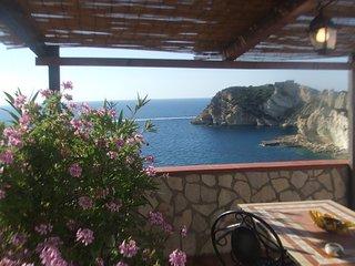 Monolocale sul mare Civita - Casa del Mare - Ponza vacation rentals