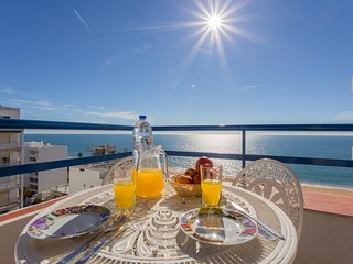ALL MAR Apartment - Quarteira vacation rentals