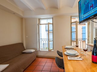 myperpignan charming centre ville, #1 Tripadvisor - Perpignan vacation rentals