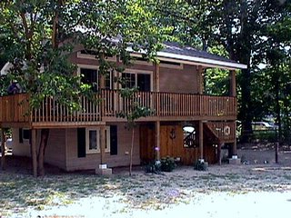 Nice 2 bedroom Vacation Rental in South Haven - South Haven vacation rentals