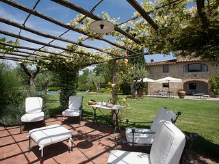 5 bedrooms villa in the Chianti region with private swimming pool - San Casciano in Val di Pesa vacation rentals