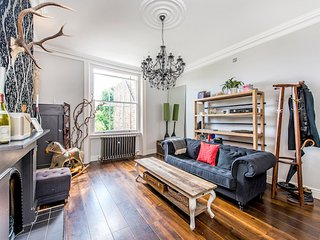 STUNNING BOUTIQUE APARTMENT - London vacation rentals
