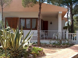 AVENIDA L'AMETLLA DE MAR-Next to the sea - Calafat vacation rentals