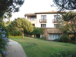 Residence Eurotel Gardens bilocale cinque posti sabato - Porto Rotondo vacation rentals