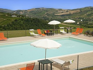 Bright Villa with A/C and Balcony in Montelparo - Montelparo vacation rentals
