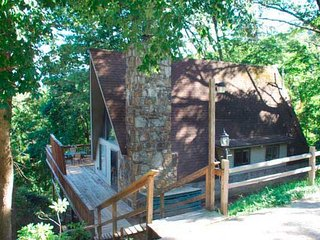 Owl's Nest Chalet - 2 Bedroom A-Frame with Mountain View - Gatlinburg vacation rentals