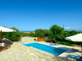 Elegant Seaside Villa ideal for families - Gaios vacation rentals