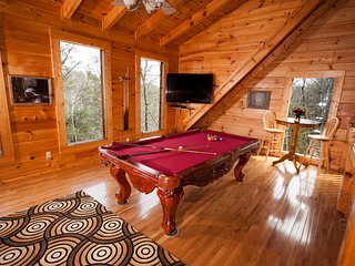 4 bedroom Chalet with Deck in Pigeon Forge - Pigeon Forge vacation rentals