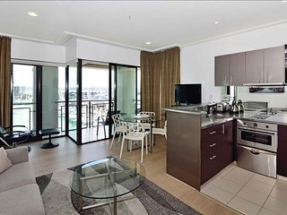 2 Bedroom Suite in the Heart of Auckland - Auckland vacation rentals