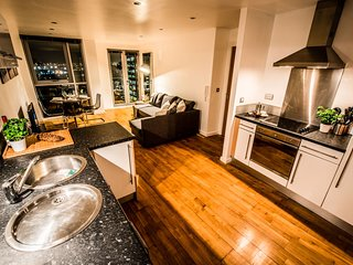 Urban Lodge - City Centre Apartment - Leeds vacation rentals