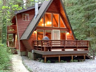 #15 -A Great Couples Getaway near Mt. Baker! - Glacier vacation rentals